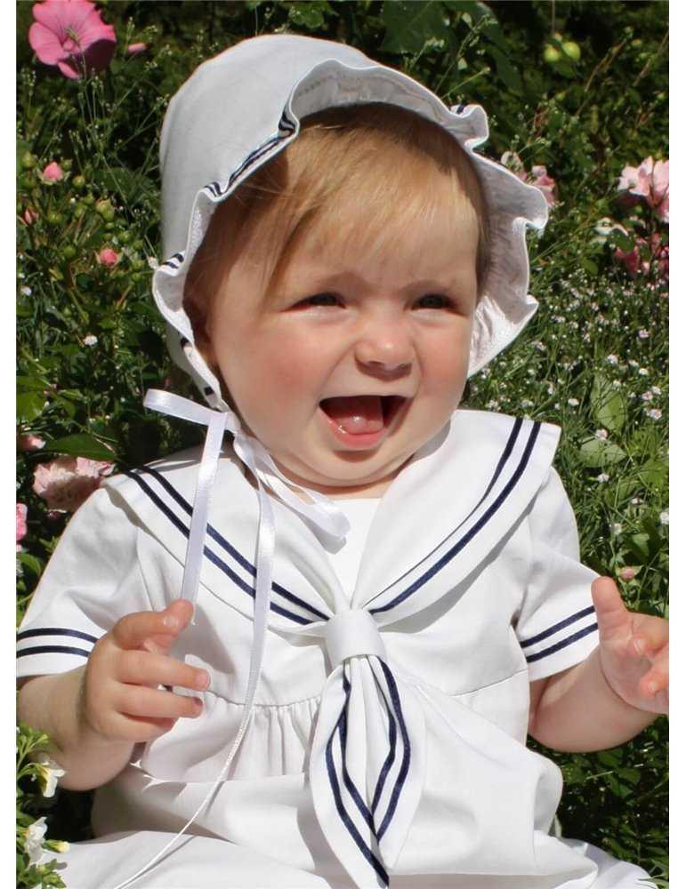 Dopklänning med himmelsblått oderi