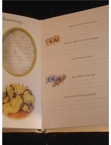Dopklänning i fint hantverk