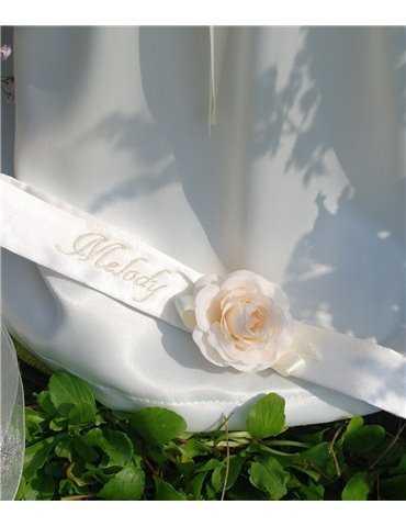 Dåpskjole med blått bånd til gutter