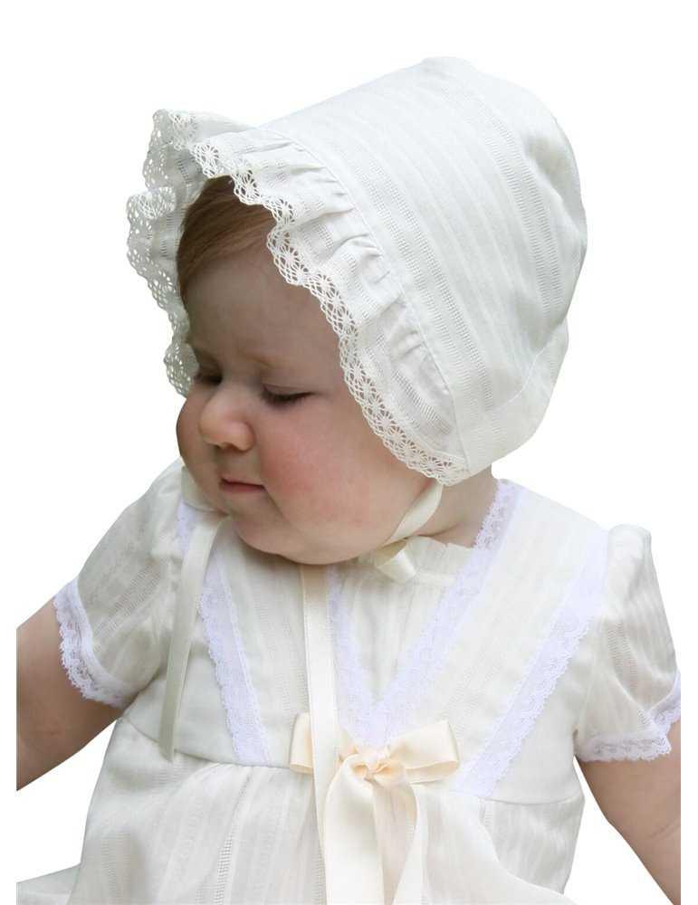 Dopklänning med lyxigt lång kjol