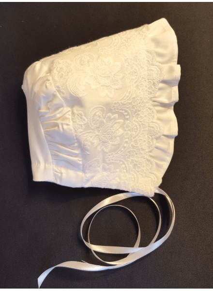 Classic baptismal bonnet for the baby