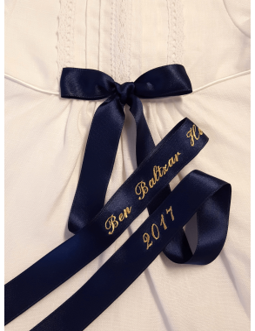 Dopklänning med guldbroderad doprosett