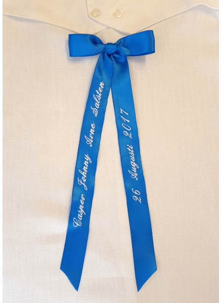 Bow embroidery with short ribbons