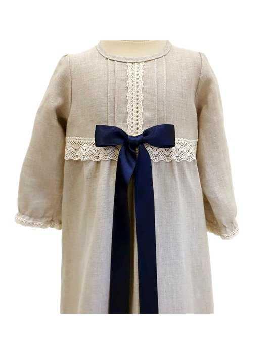 Dopklänning med  lyxigt diadem till söt baby