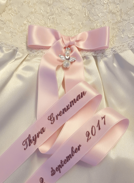 Bow embroidery