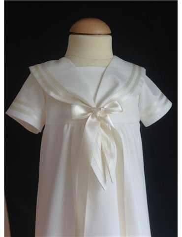 Dopklänning på 3 månaders babytjej