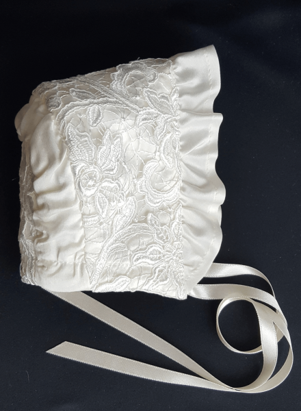 Christening gown Grace-Cecilia in off white luxurious lace and satin