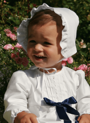 Christening bonnet Grace Memories in white and off white cotton muslin