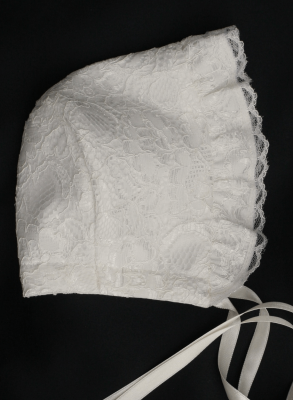 Christening bonnet in sweet lace