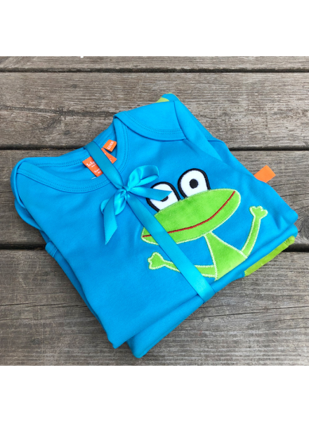 blanket and body with frog LipFish