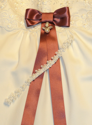 Diadem with cross and rose in white for baptism