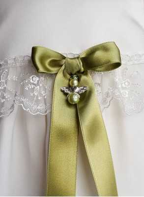 Guardian Angel to christening gown with unisex bow i green