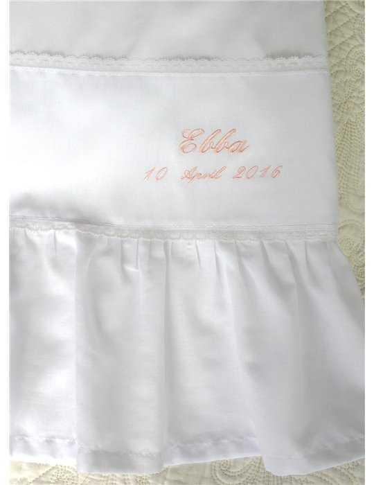 Dopklänning namngiven efter mormor Mary