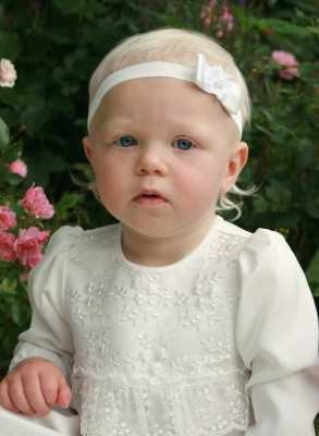 White diadem with bow and...