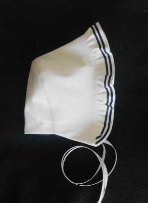 Christening bonnet Grace Seamen style fresh white cotton Unisex