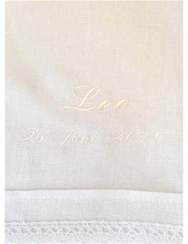 Dopklänning i sekelskiftes look