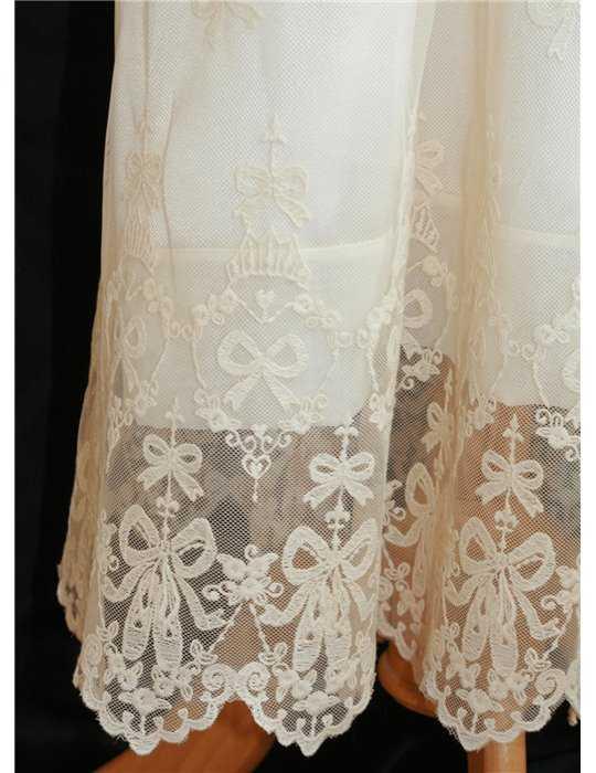 bra förvaring av dopklänning